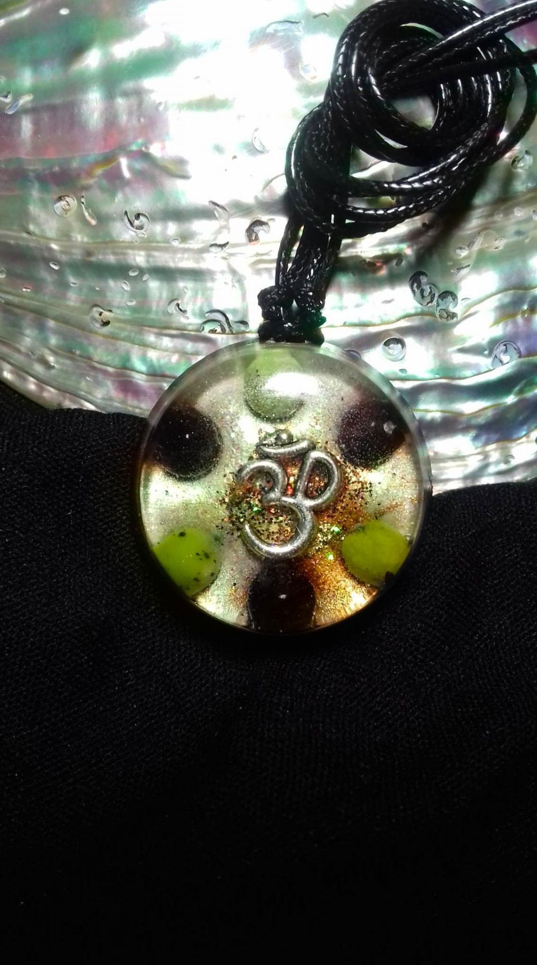 Orgonite pendentif ' Om Sri Lakshmi  '