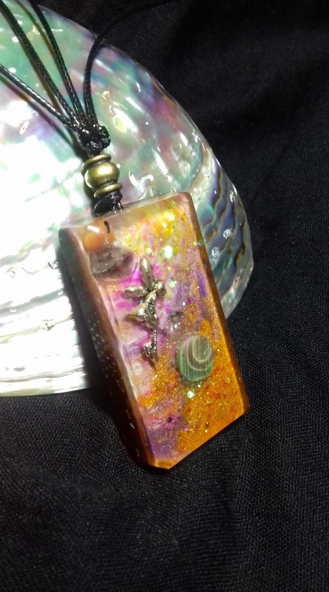 Orgonite pendentif  ' Fairy things '
