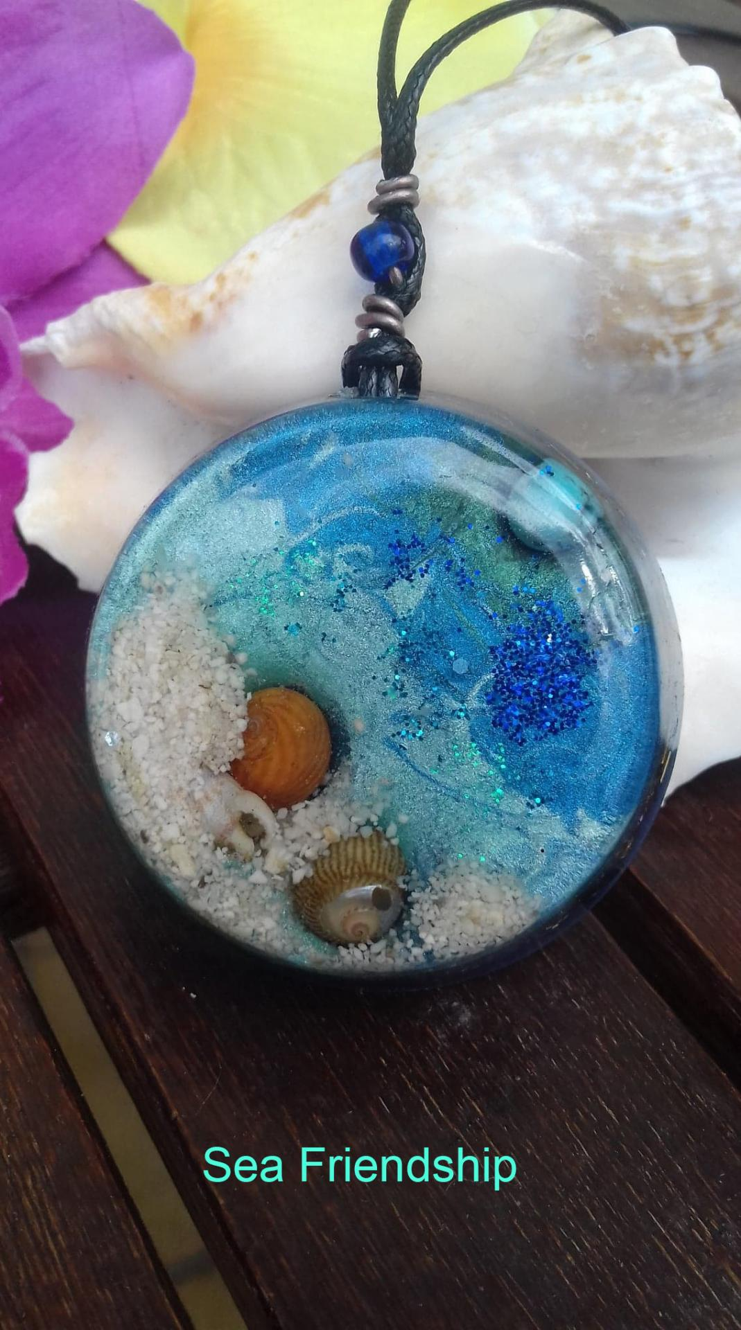 Orgonite Grand Pendentif ' Sea Friendship '