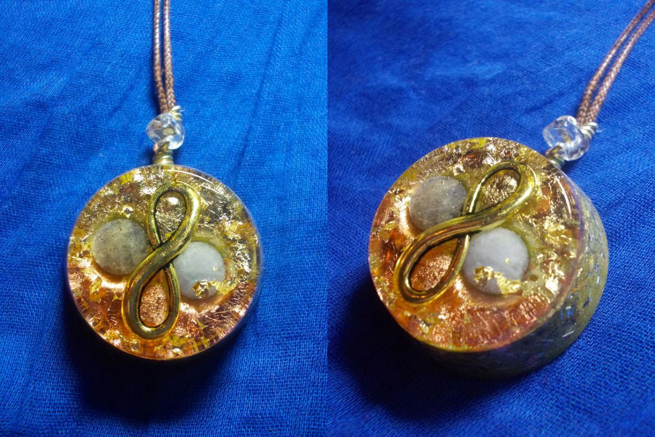 Orgonite pendentif ' Cosmic Infinity ' mini'